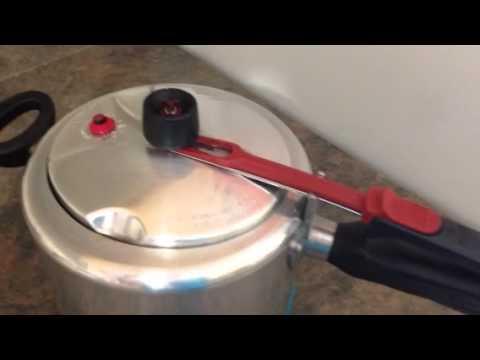 d95e52d78 Panela de pressão - Clock 💕 - YouTube