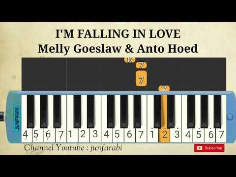 pianika-i'm-falling-in-love---melly-goeslaw