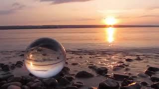 موسيقى هادئة مع صوت البحر