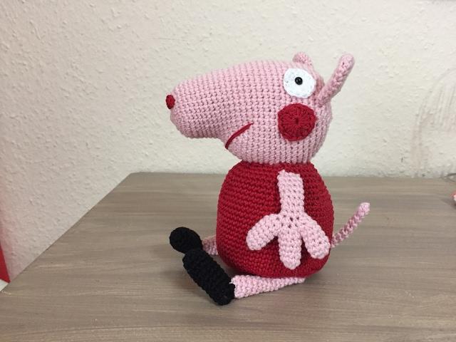 Peppa Pig Amigurumi - Bichinhos de croche - YouTube | 480x640