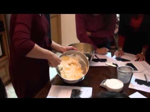 Buche de Noel / Yule Log - P1: Bánh cuộn trắng