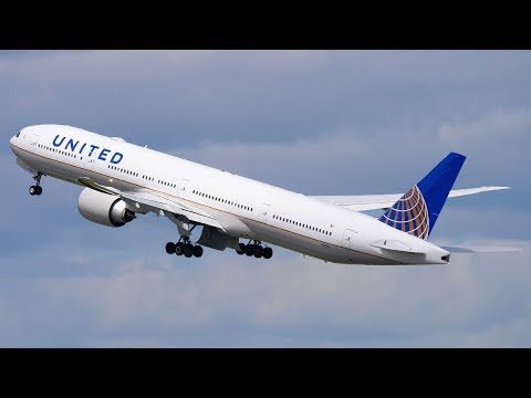 [4K] United Airlines INAUGURAL Boeing 777-300ER Landing + Takeoff | Auckland Airport Plane Spotting