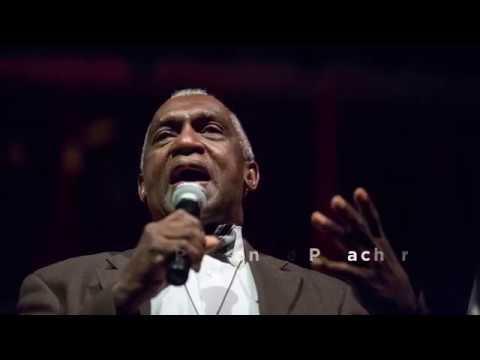 commencement-speaker-pastor-france-a.-davis