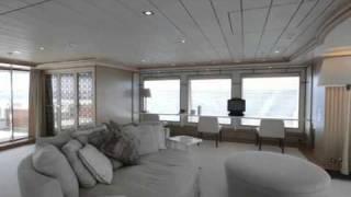 Visite du « Yogi », le Méga Yacht de Stéphane Courbit