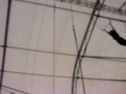 Trapeze School NY Wendy Farrell video 15JUL10.MOV
