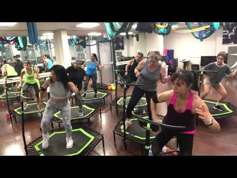 Jumping @Z Zone Fitness,  best workout for weight loss!