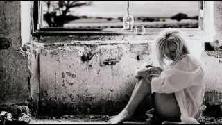 Delerium Ft. Leigh Nash - Innocente(Falling In Love) (Deep Dish Gladiator Remix UK Edit)