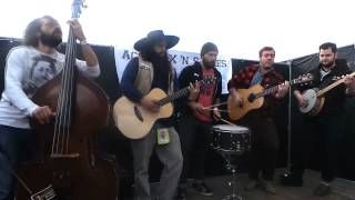 AcoustiXclusive: Larry and his Flask - The Battle for Clear Sight