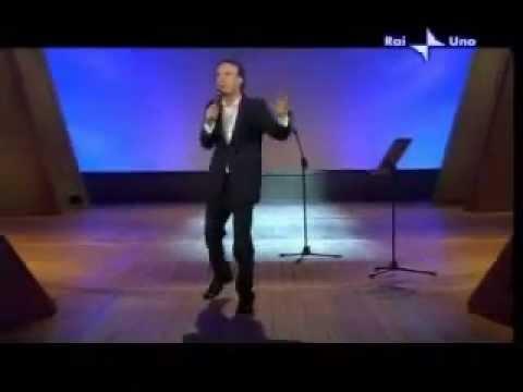 Roberto benigni   -- amor ch'a nullo amato amar perdona