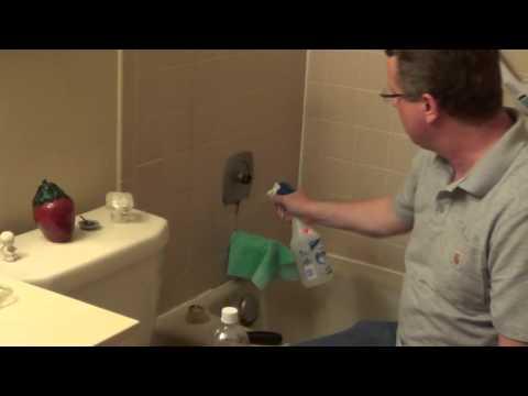 cleaning-with-vinegar---vinegar-shower-cleaner