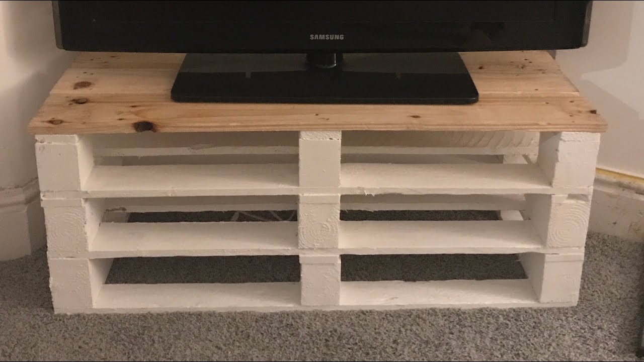 how to make a tv unit out of pallets youtube. Black Bedroom Furniture Sets. Home Design Ideas