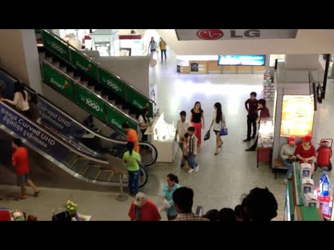 Sorya Shopping Mall in Phnom Penh city | The first lifestyle shopping centre in Cambodia
