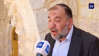 تواصل انتهاكات الاحتلال بحق الحرم الإبراهيمي والفلسطينيين في الخليل - (19-10-2019)
