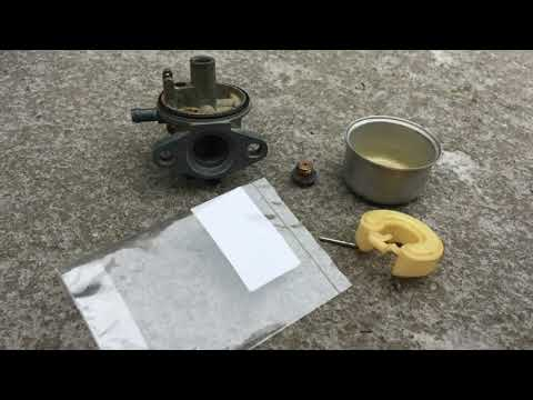 how to fix a leaking/flooding carburetor of a Briggs and Stratton lawnmower motor