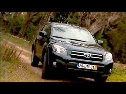 toyota rav4 2 2 d cat toyotas kompakt suv im motorvision. Black Bedroom Furniture Sets. Home Design Ideas