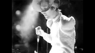 """Jamie Lidell """"The Audience"""" live in Sheffield 2004"""