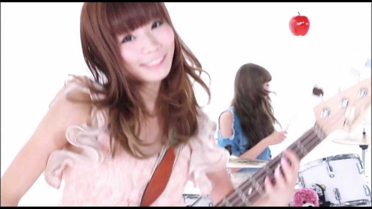 Silent Siren「Crazy Lady」MUSIC VIDEO