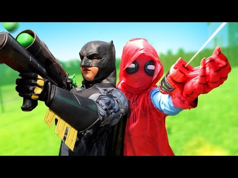 Spider-Man Homecoming, Batman & Hulk! Super Hero Gear Test & Family Games Countdown | KIDCITY