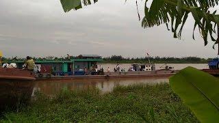 Khoảnh khắc tàu bị đâm chìm trên sông Hồng, 4 người chết