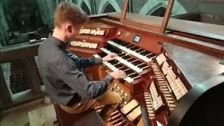 Gigi d'Agostino & Dynoro - In My Mind vs L'Amour Toujours - Gigi d'Agostino on organ Video