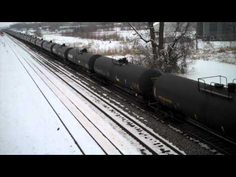 BNSF Fuel train passes through Carrollton, Mo.