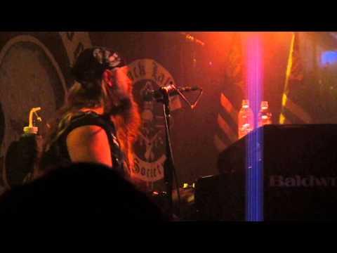 Zakk Wylde Performs RustAcoustic