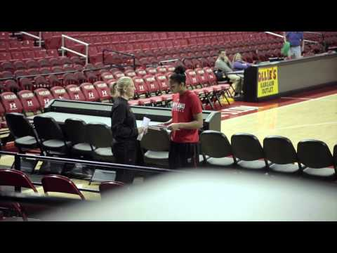 """""""Pranking"""" and """"Honoring"""" Alyssa Thomas Into the Comcast Center Rafters"""