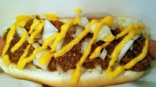 How to make a Coney Island Chili Dog (Recipe)