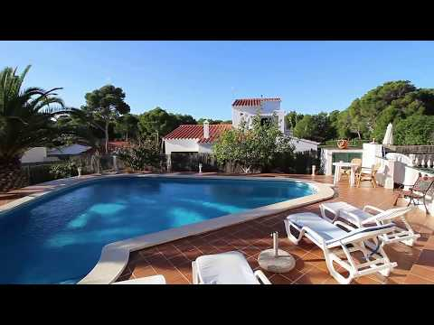 Villa with pool and tourist license in Son Parc, Menorca.