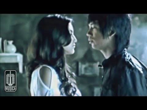 D'MASIV - Cinta Sampai Disini (Official Video)