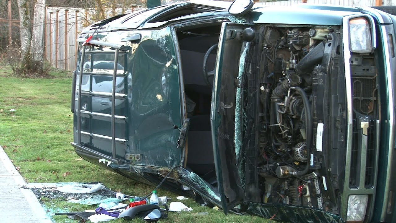 Two Car Accident Blazer Rolled Over Spanaway WA