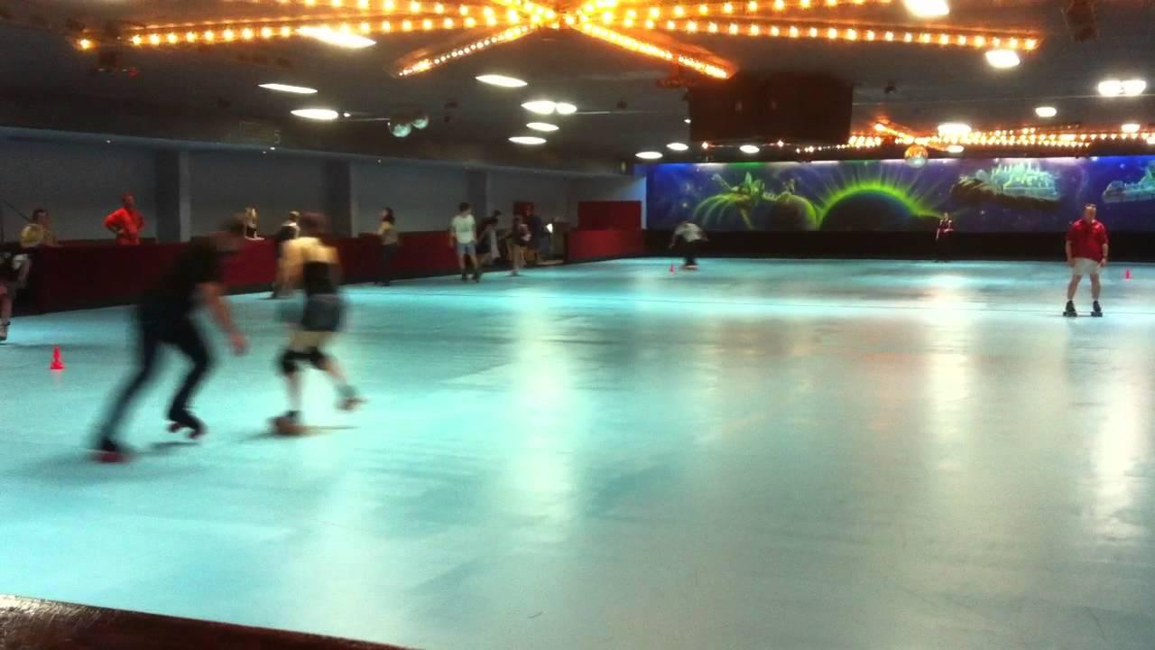 Bundamba Skateaway opening day. 27-12-11 - YouTube