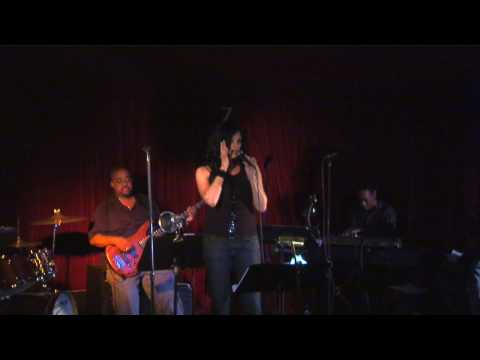 "Alisa Ohri - ""Could It Be""  Live at Zinc Bar"