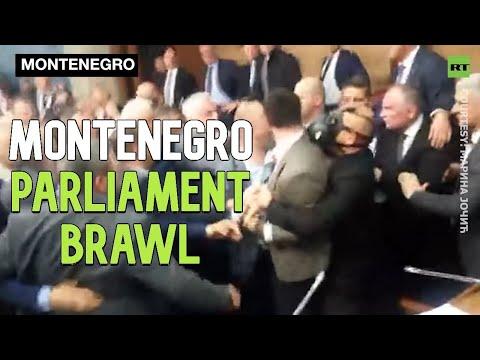 Momentos de violencia e tensión no parlamento de Montenegro