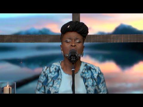 Emmanuel - Hosanna clips - Dena Mwana