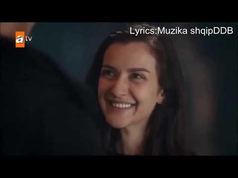 Ece Mumay - Vazgec Gonul [Lyrics ) Me Perkthim Shqip]