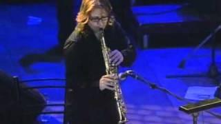 Vasilis Papakwnstantinou - Gia mena tragoudw (live)
