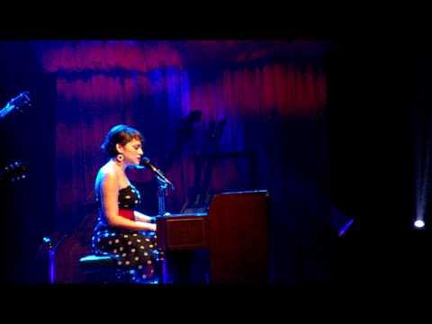 Norah Jones - Waiting - Overture Hall Madison WI 3/15/10