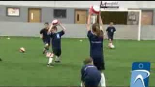 Ποδόσφαιρο Αποφύγετε το χιονάνθρωπο Παιχνίδι διασκέδασης για νρτίπλα έλεγχο μπάλας και ταχύτητα