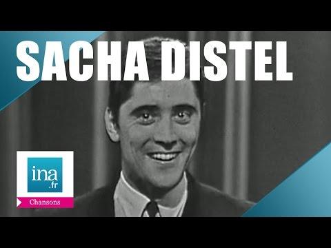 Sacha Distel 'Scoubidou' (live officiel) | Archive INA