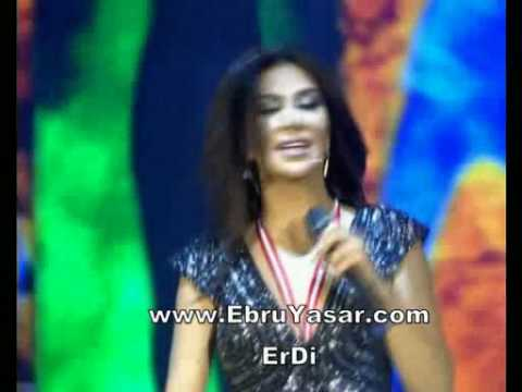 Ebru Yaşar - Alkışlıyorum - Beyaz Show ( www.Forumstar.Tk ) indir
