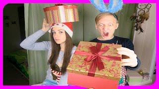 видео Что можно подарить девушке на Новый год (список)?