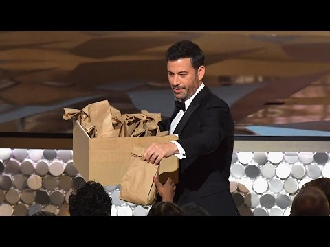 Jimmy Kimmel & the 'Stranger Things' Kids Pass Out PB&J Sandwiches at Emmys 2016