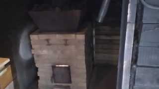 видео Печь-каменка для бани по-черному