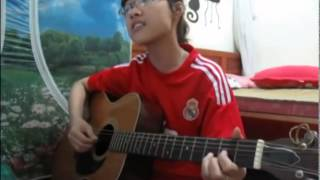 Ký ức ngọt ngào Guitar cover by Fan nữ Real cực xinh