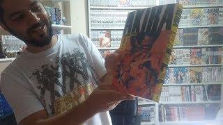 video especial fazendo unboxing da nova edição do mangá Akira.