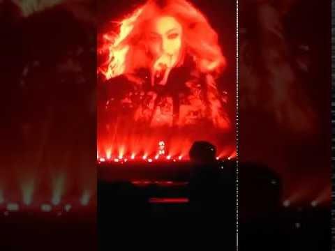 Beyoncé: Kitty Kat Live In Atlanta