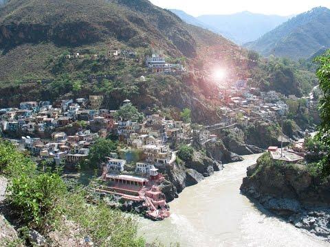 Village éternel dans L'Himalaya