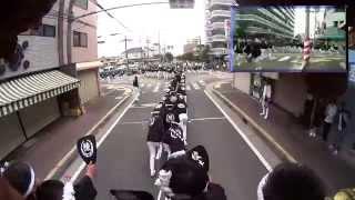 平成26年高石だんじり祭りでの綾井地車曳行動画です。 綾井青年団 http:...