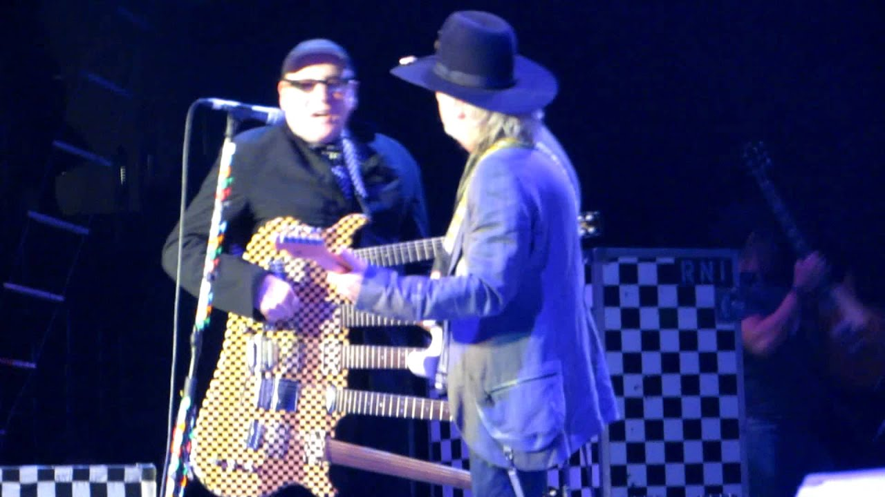 Cheap Trick 5 Neck Guitar Surrender Staples Center Los Angeles